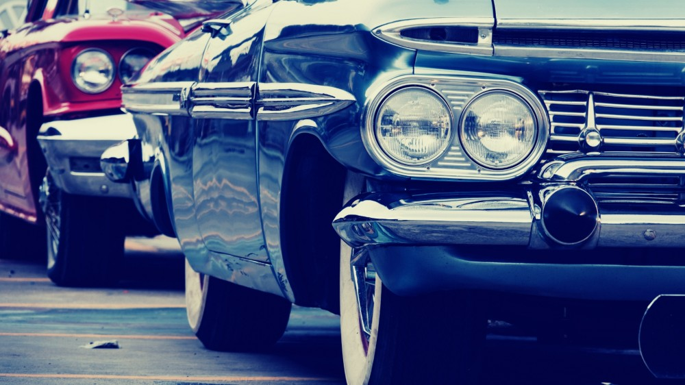 Acheter une voiture neuve ou une voiture de luxe d'occasion?
