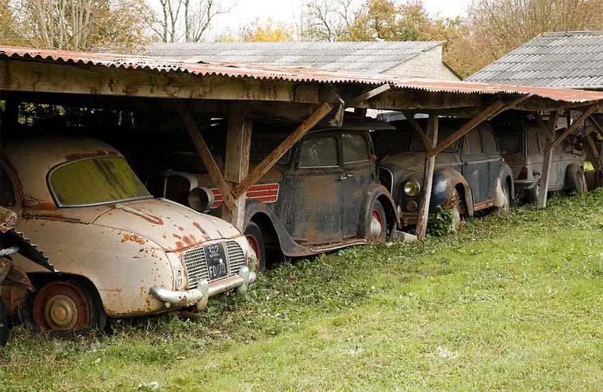 voiture de collection à restaurer